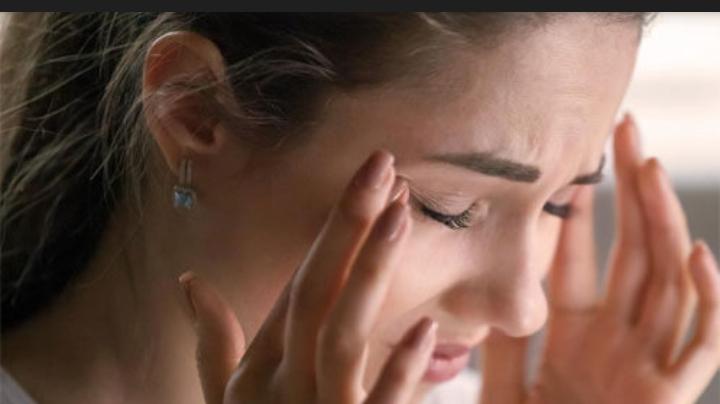 اطمن .. طبيب روسي يزف بشرى سارة: الشعور بالدوخة لا يعني احتمال إصابتك بهذا المرض